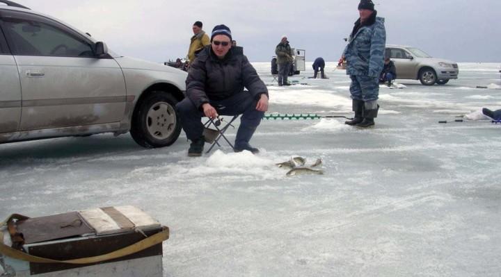 Рыбалка на судака со льда