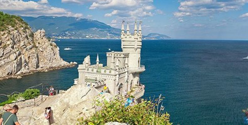 Незабываемый отдых на российских курортах круглый год