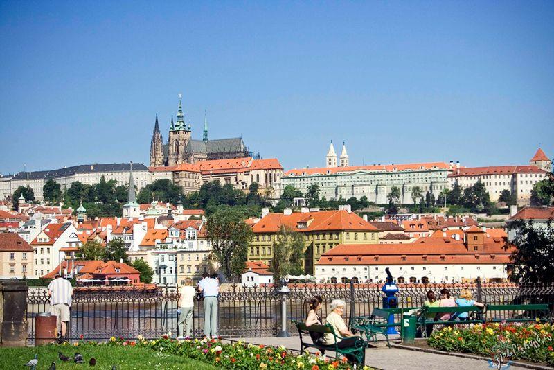 Отдых в Праге весной